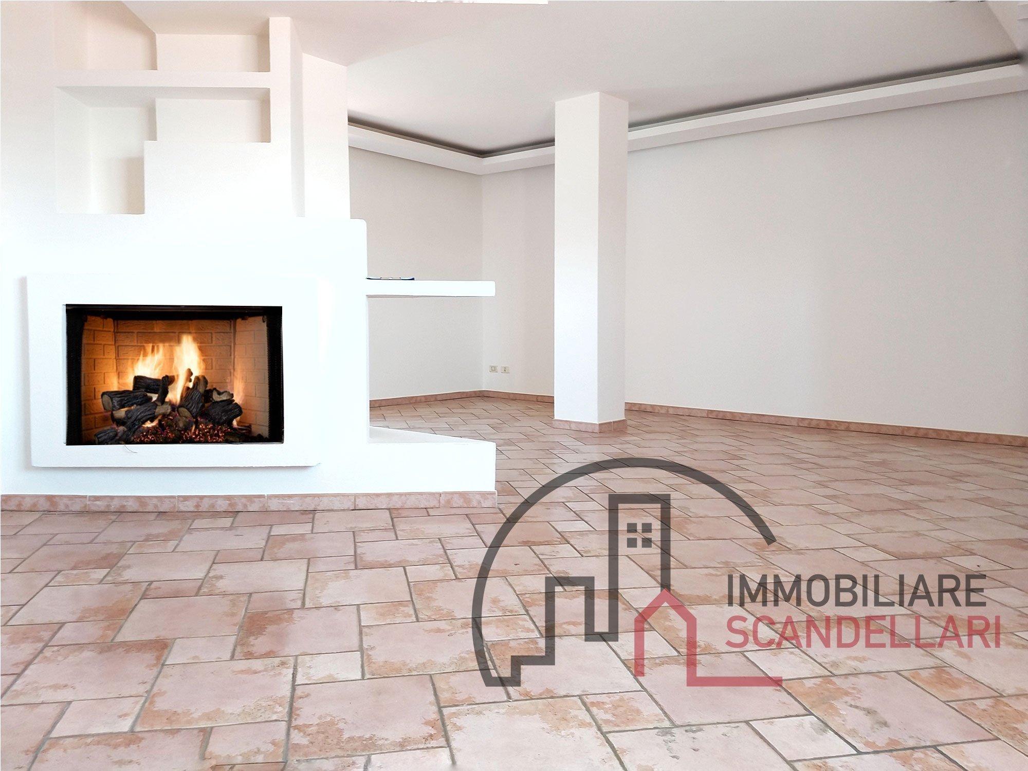 Rimini - Rivazzurra - Attico 120 m² con lastrico solare - IMMOBILIARE SCANDELLARI