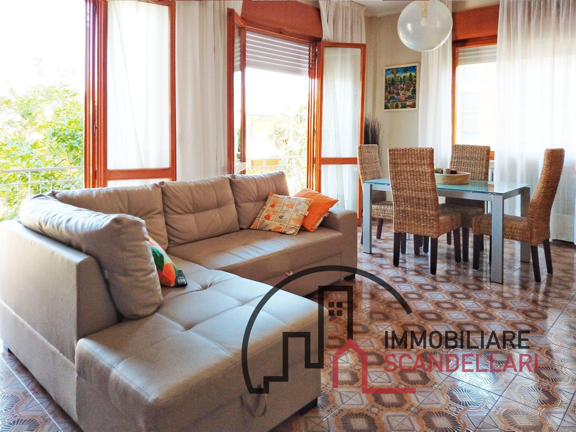 Rimini - Rivazzurra - Appartamento in trifamiliare libero su quattro lati - Immobiliare Scandellari