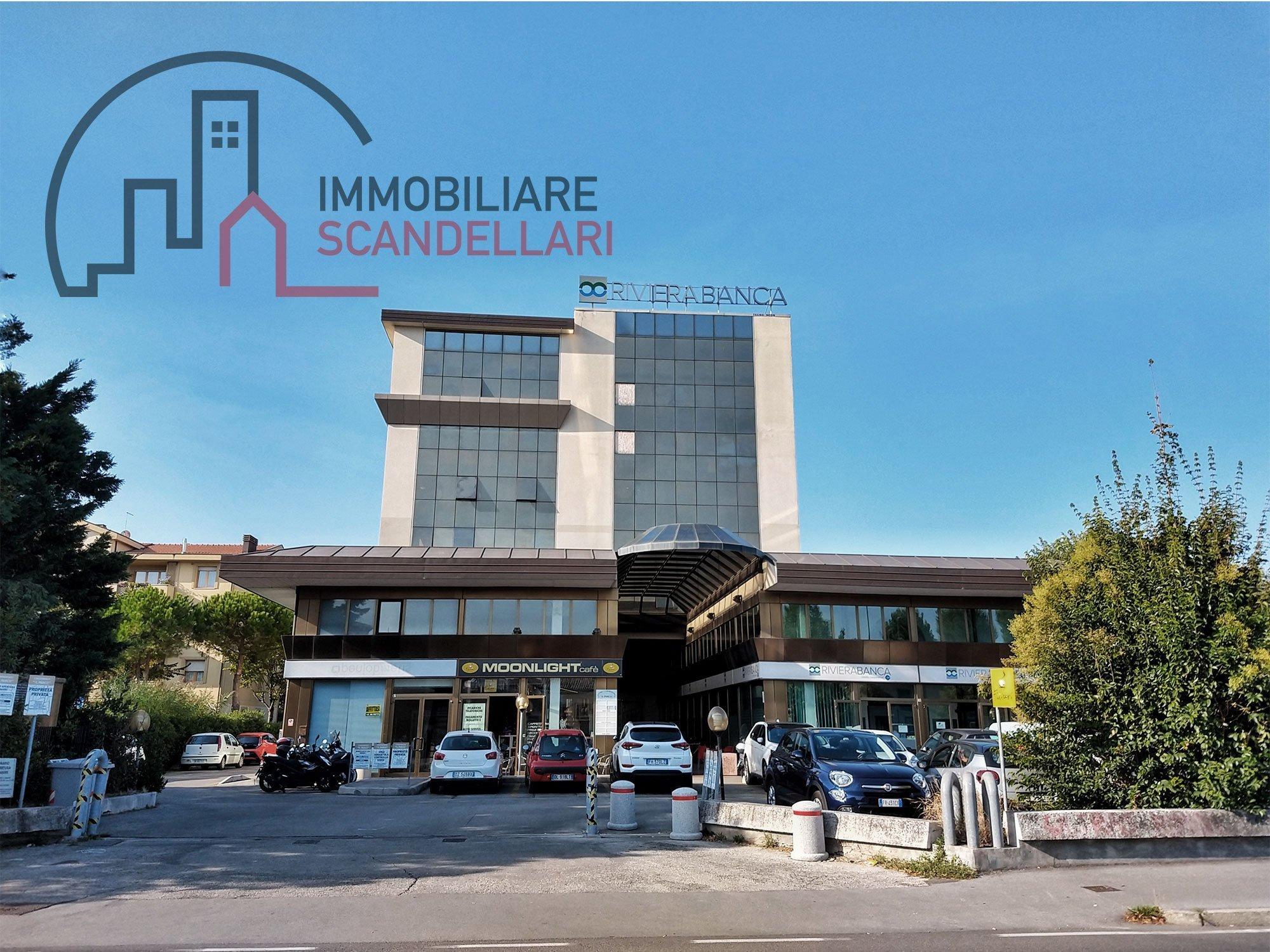 Rimini - Garage in vendita in zona Centro - Immobiliare Scandellari
