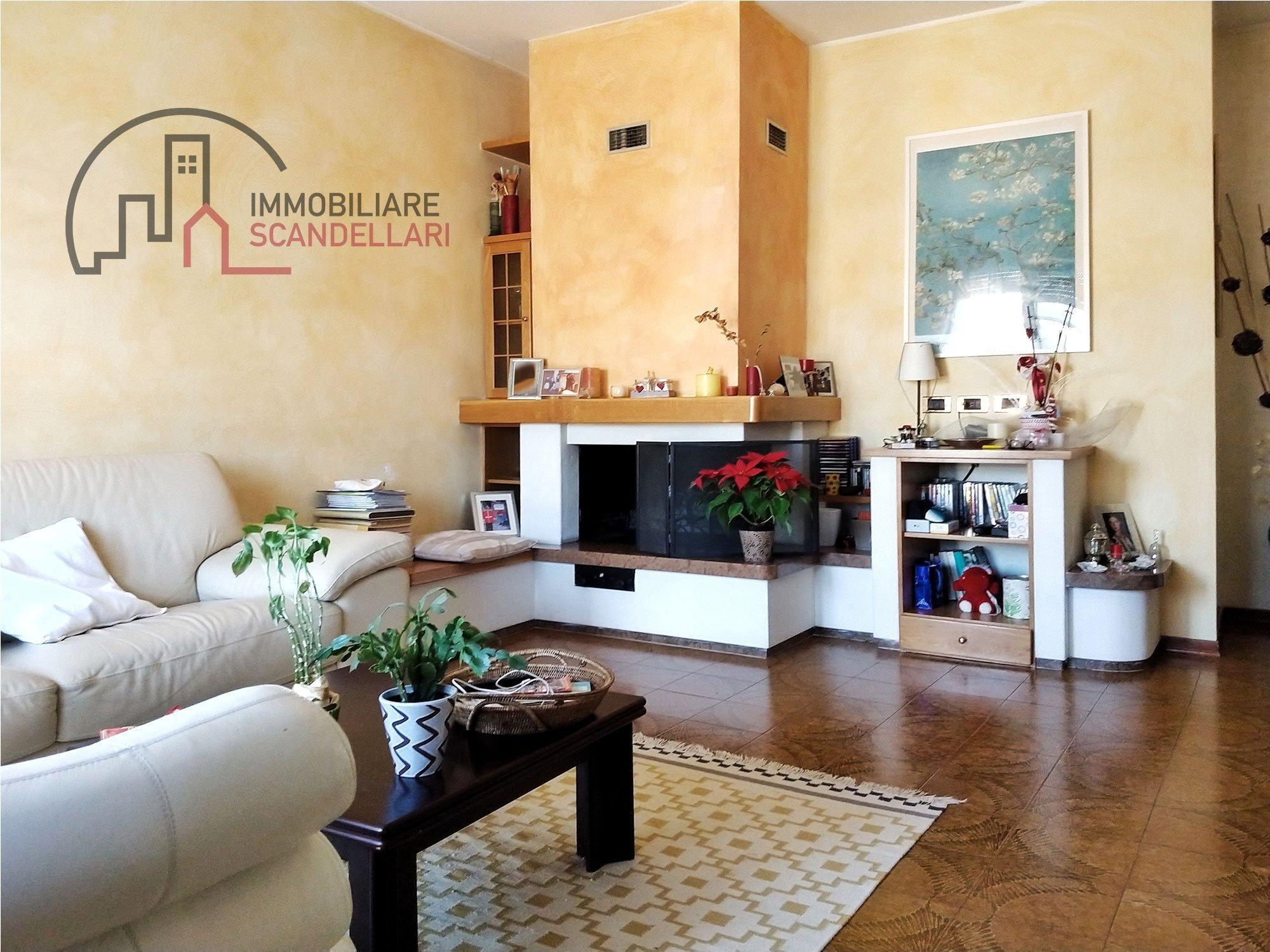 Rimini - Padulli - Appartamento tre camere due bagni - Immobiliare Scandellari