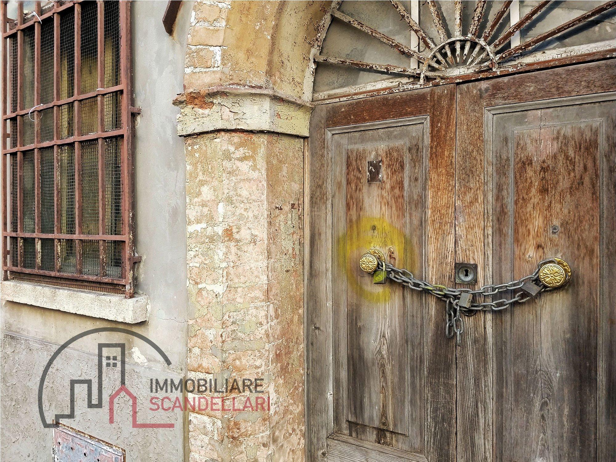 Rimini - Centro Storico - Casa da ristrutturare con giardino - Immobiliare Scandellari